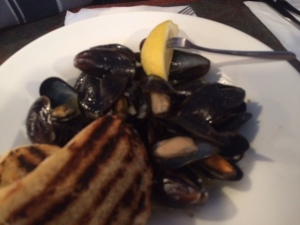 Can we get some mussels with this garlic please?